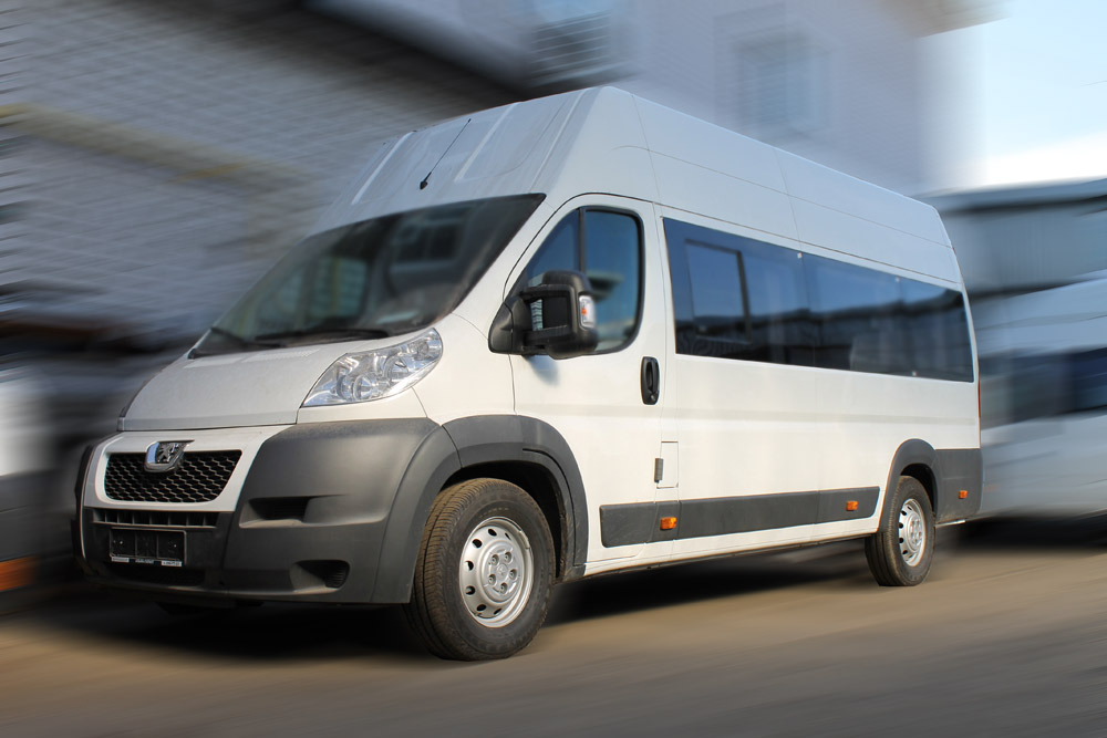 Картинки по запросу Peugeot Boxer автобусфото